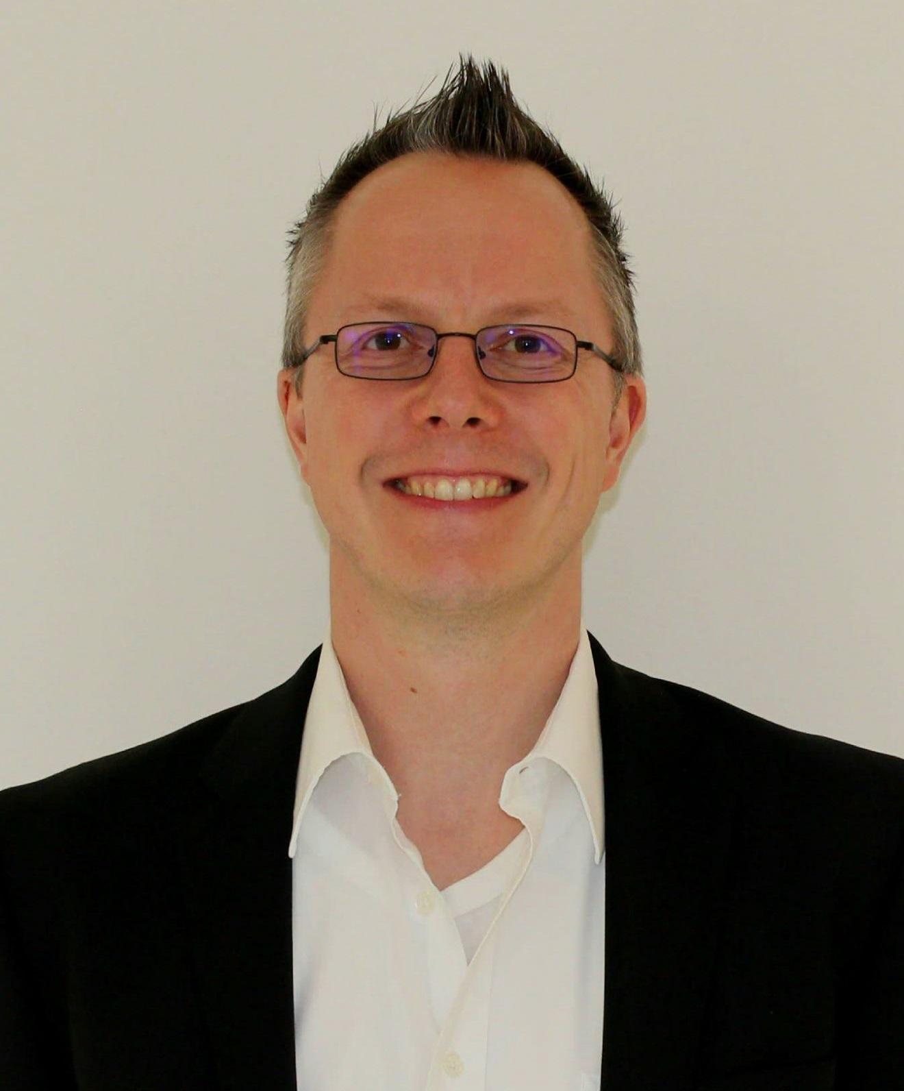 Dr.-Immanuel-Ulrich-1320x1761